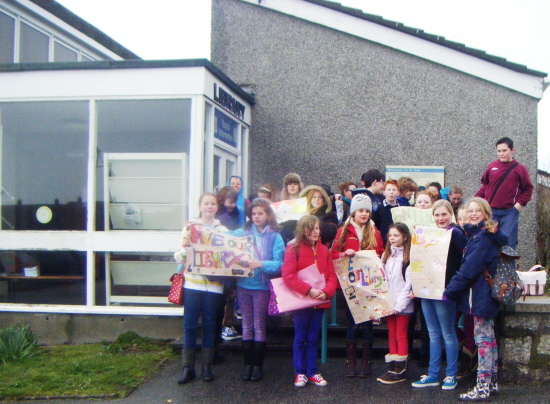 Cape Cornwall School pupils support St Just Library